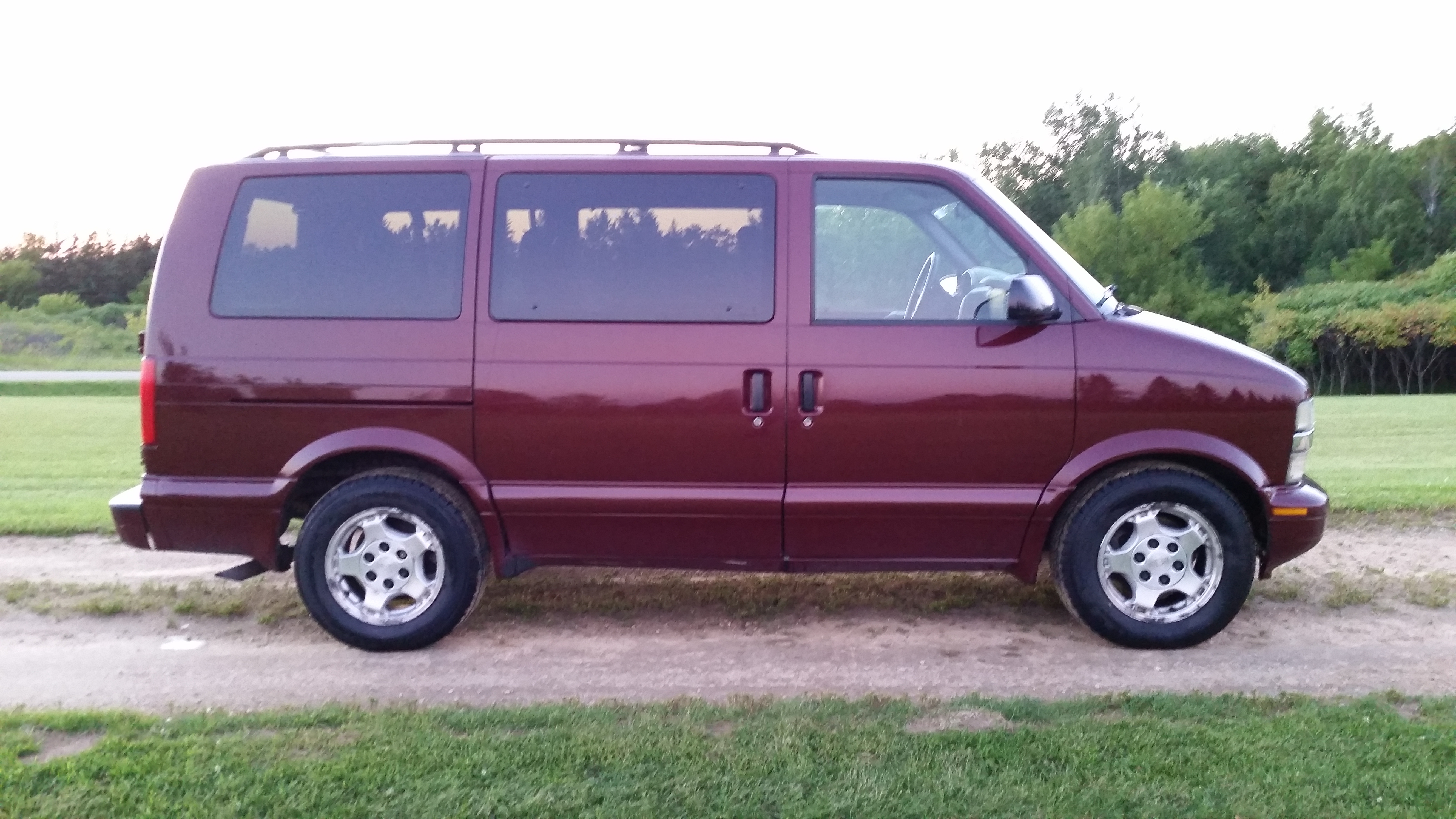 2005 Chev Astro Van for sale