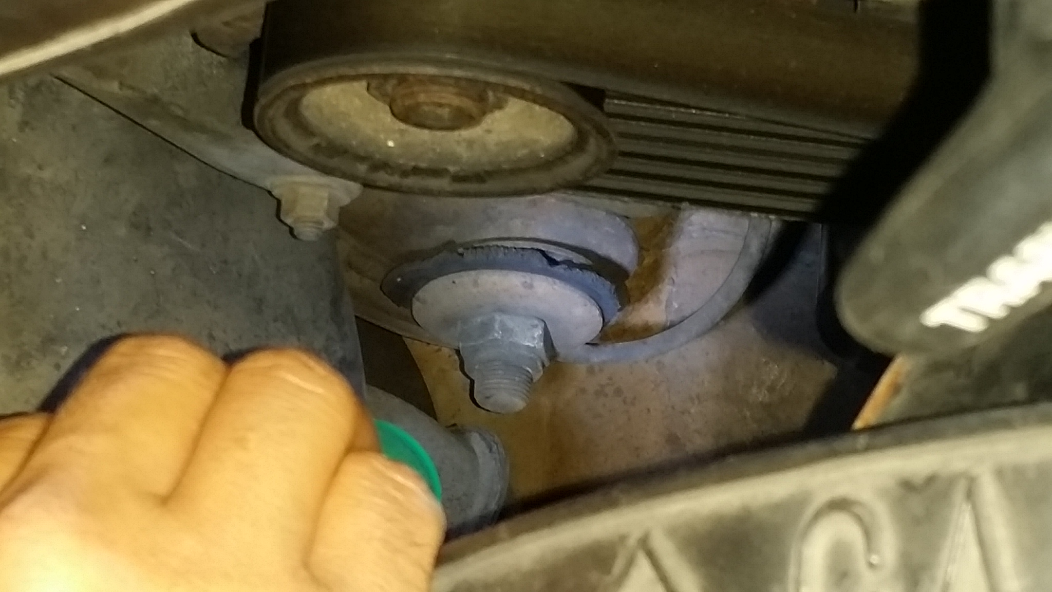 squeak noise on suspension passe...