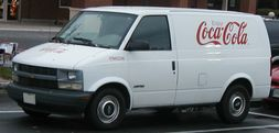 2nd-gen-Chevrolet-Astro-cargo-van-photo.jpg