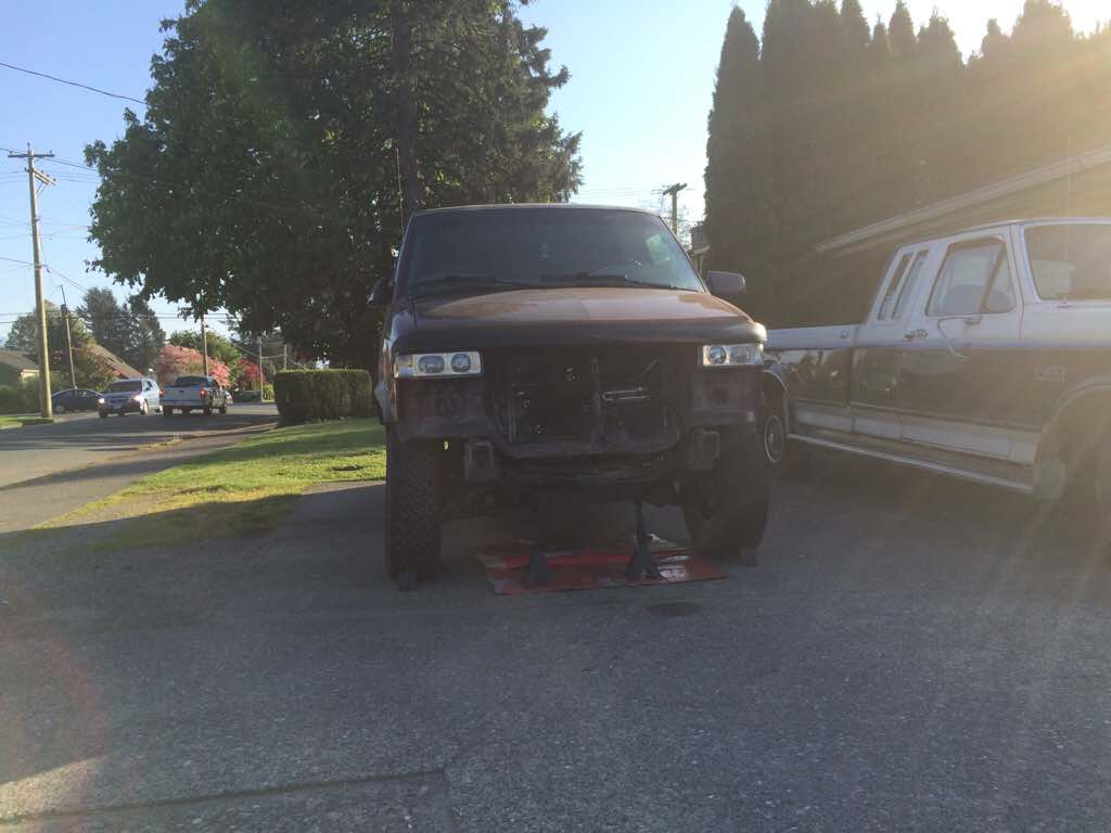 Shane's ongoing lift and 4wd bui...