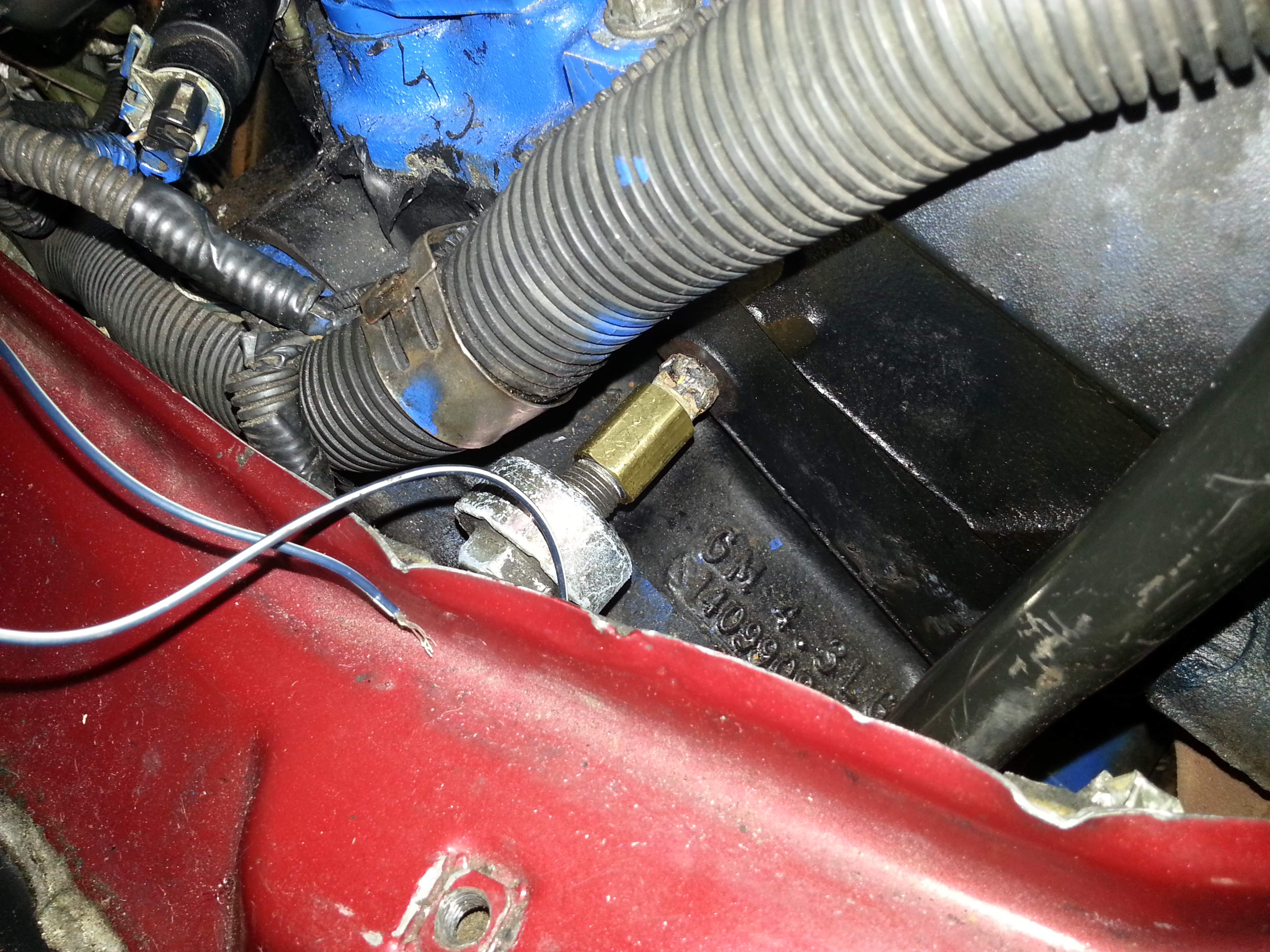 2001 engine in 1999 safari
