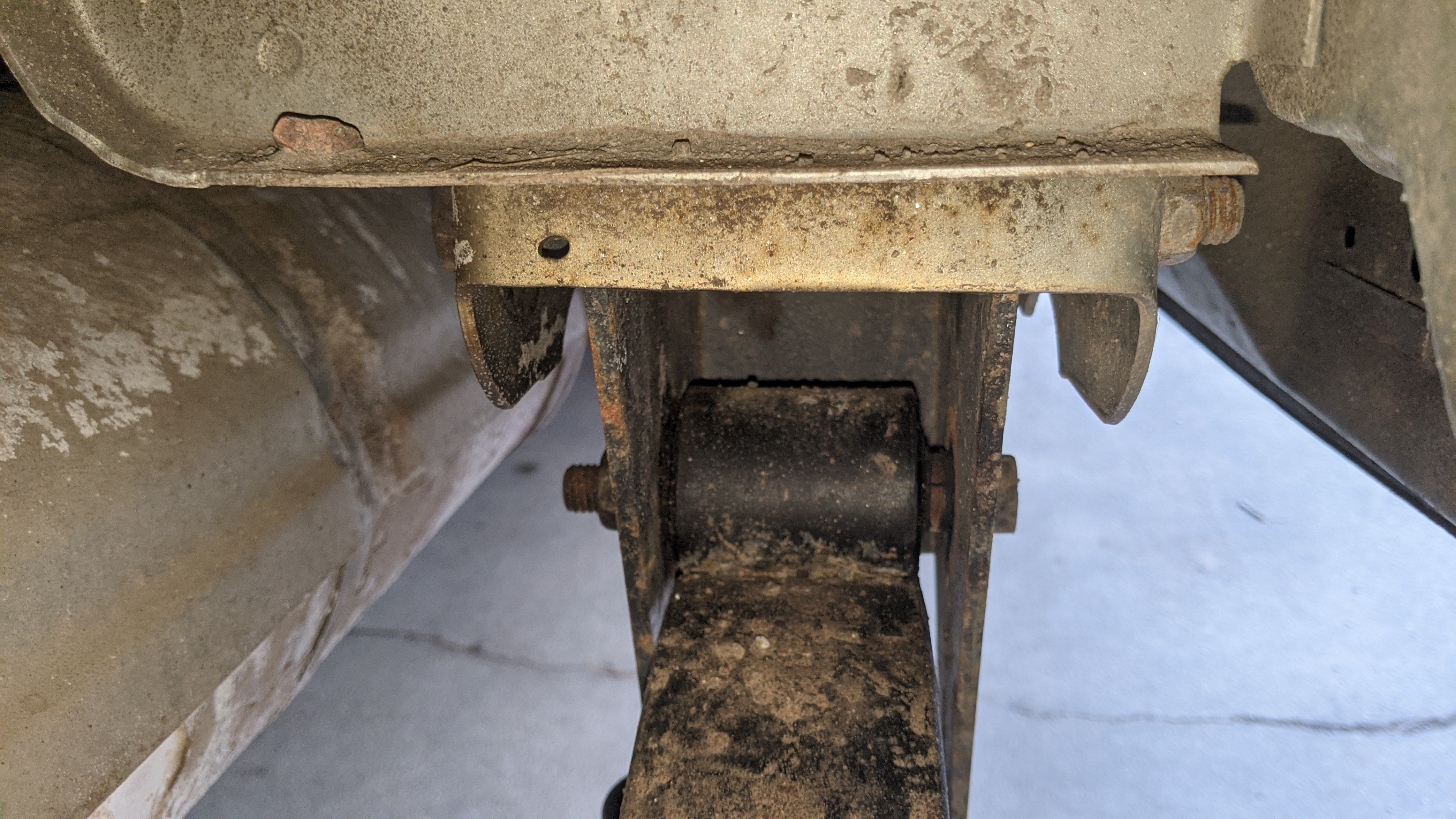 "Rear axle ""alignment"" ..."
