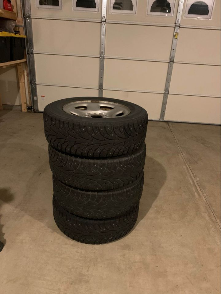 Hankook Studded Tires | 215/65/R...