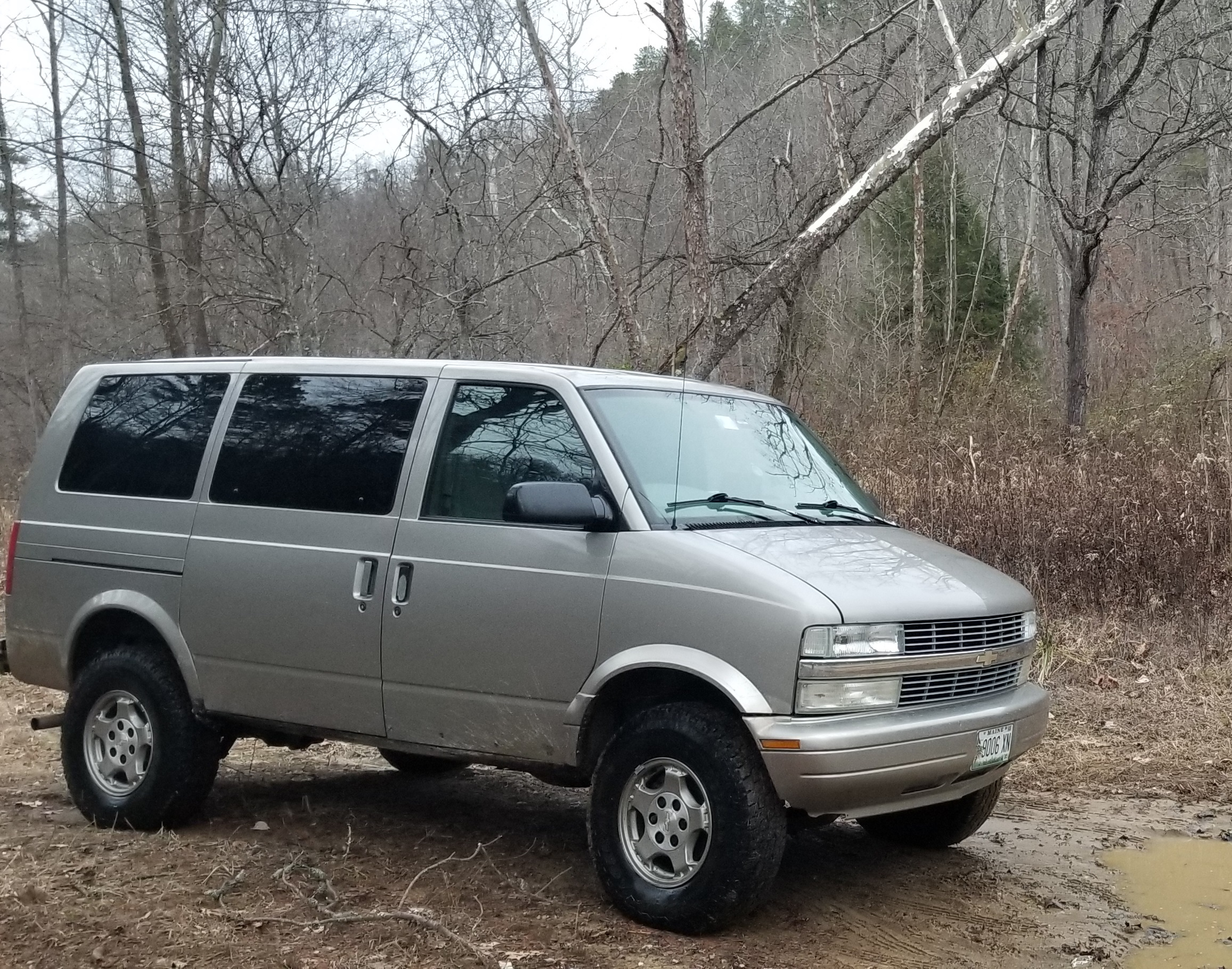 2004 Astro 4WD Camper For Sale